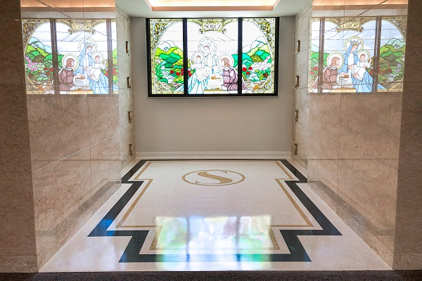 Mausoleum at Havenly Rest Cemetery submitted by Franklin Terrazzo